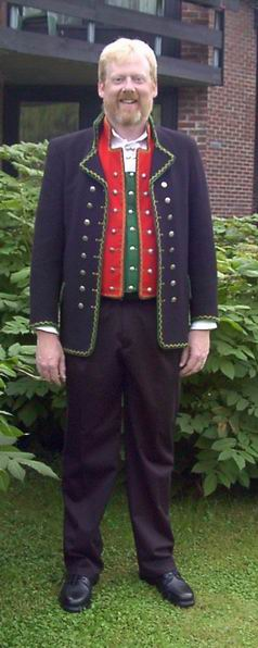 My <i>rented</i> Norwegian outfit worn to my parent's    50th wedding anniversary in &#216;ystese, Norway, 8 August 2003